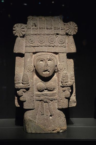 Statue of Chicomecoatl