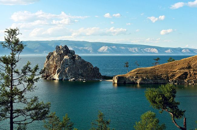 Shamanka, or Shaman Rock, on Olkhon island, Lake Baikal (Image credit: Wikimedia Commons)
