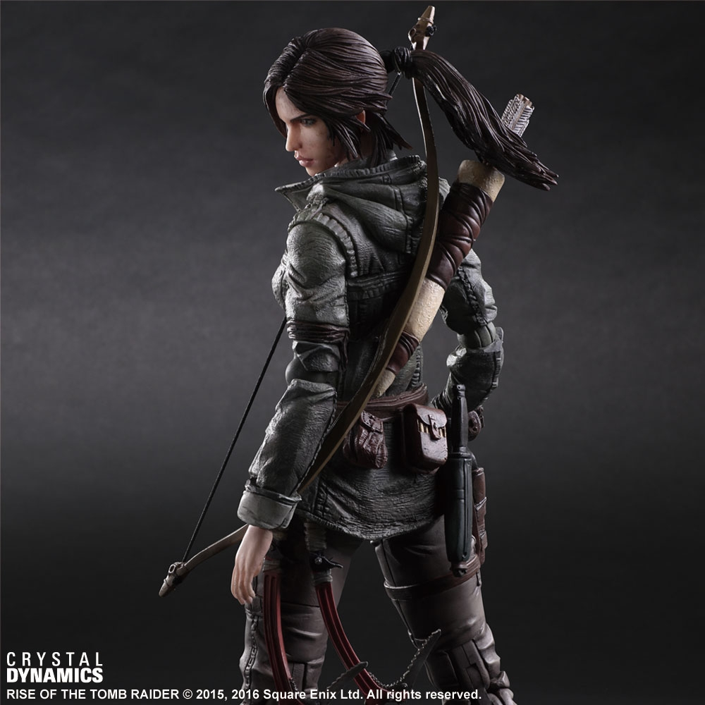 Play-Arts-Kai-Rise-Tomb-Raider01