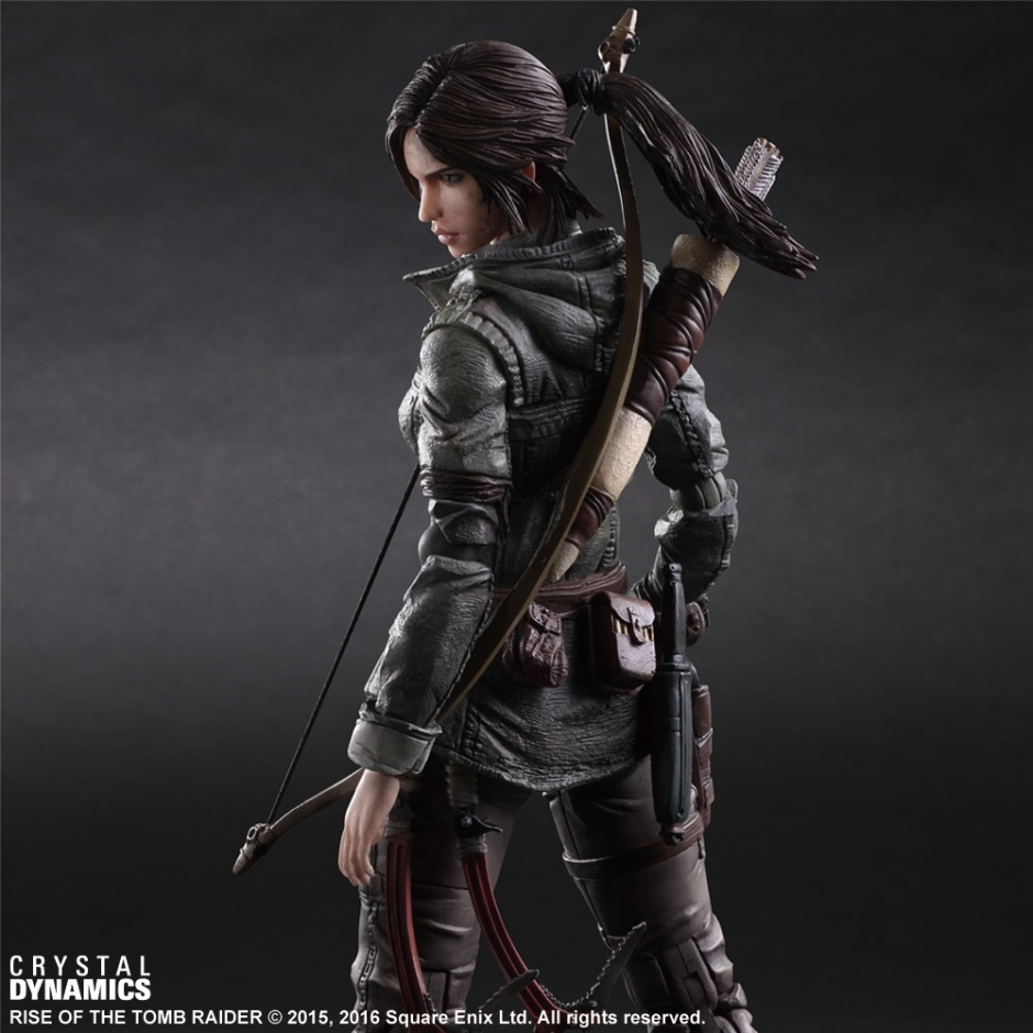 Rise of the Tomb Raider Play Arts Kai figure