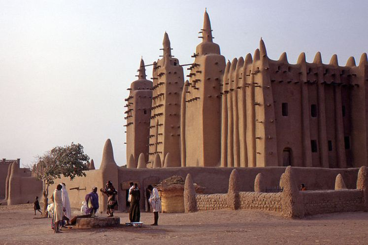 The Great Mosque of Djenné (Image credit: Gilles Mairet, Wikimedia Commons)