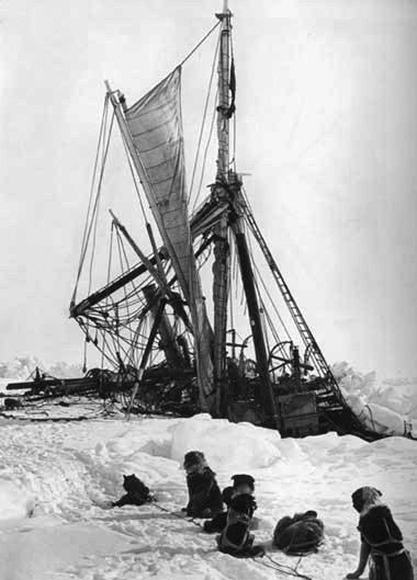 The Endurance sinks beneath the ice (Image credit: Royal Geographic Society)