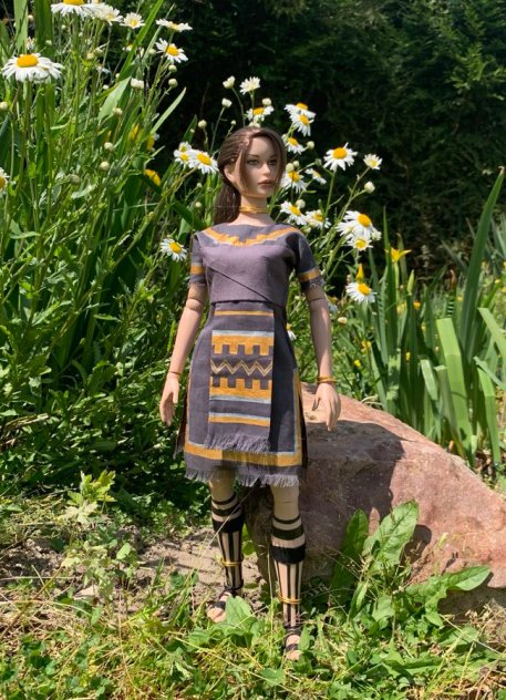 christophe-croft-lara-croft-tonner-doll-19