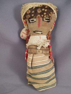Chancay doll